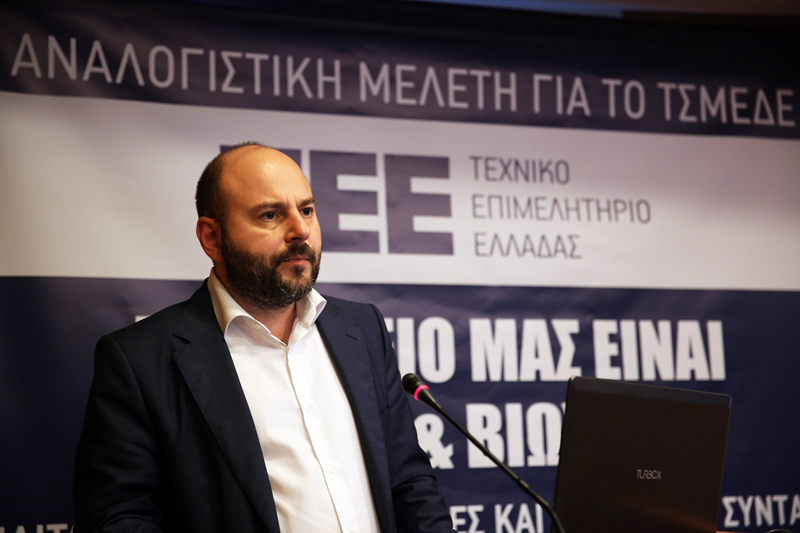 πρόεδρος του ΤΕΕ Γιώργος Στασινός