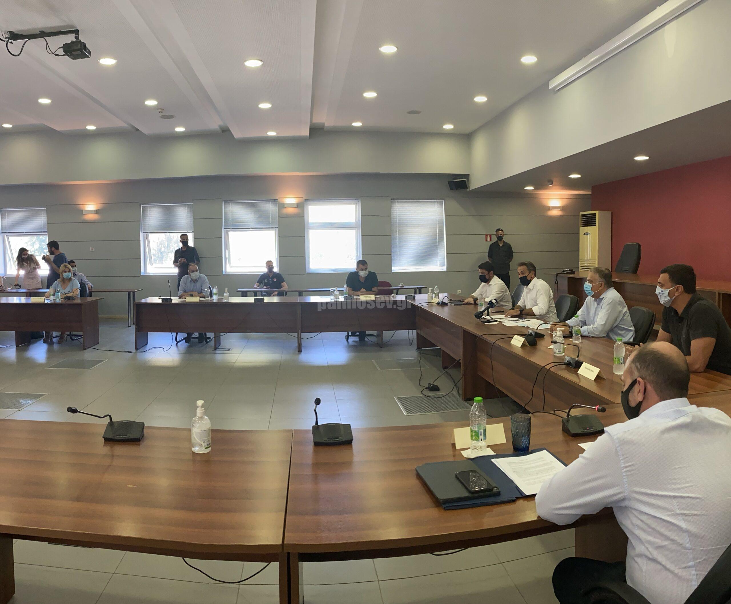 """Σύσκεψη υπό τον Πρωθυπουργό / Έλενα Βάκα: """"Το μείζον είναι να επισπεύσουμε τις διαδικασίες"""""""