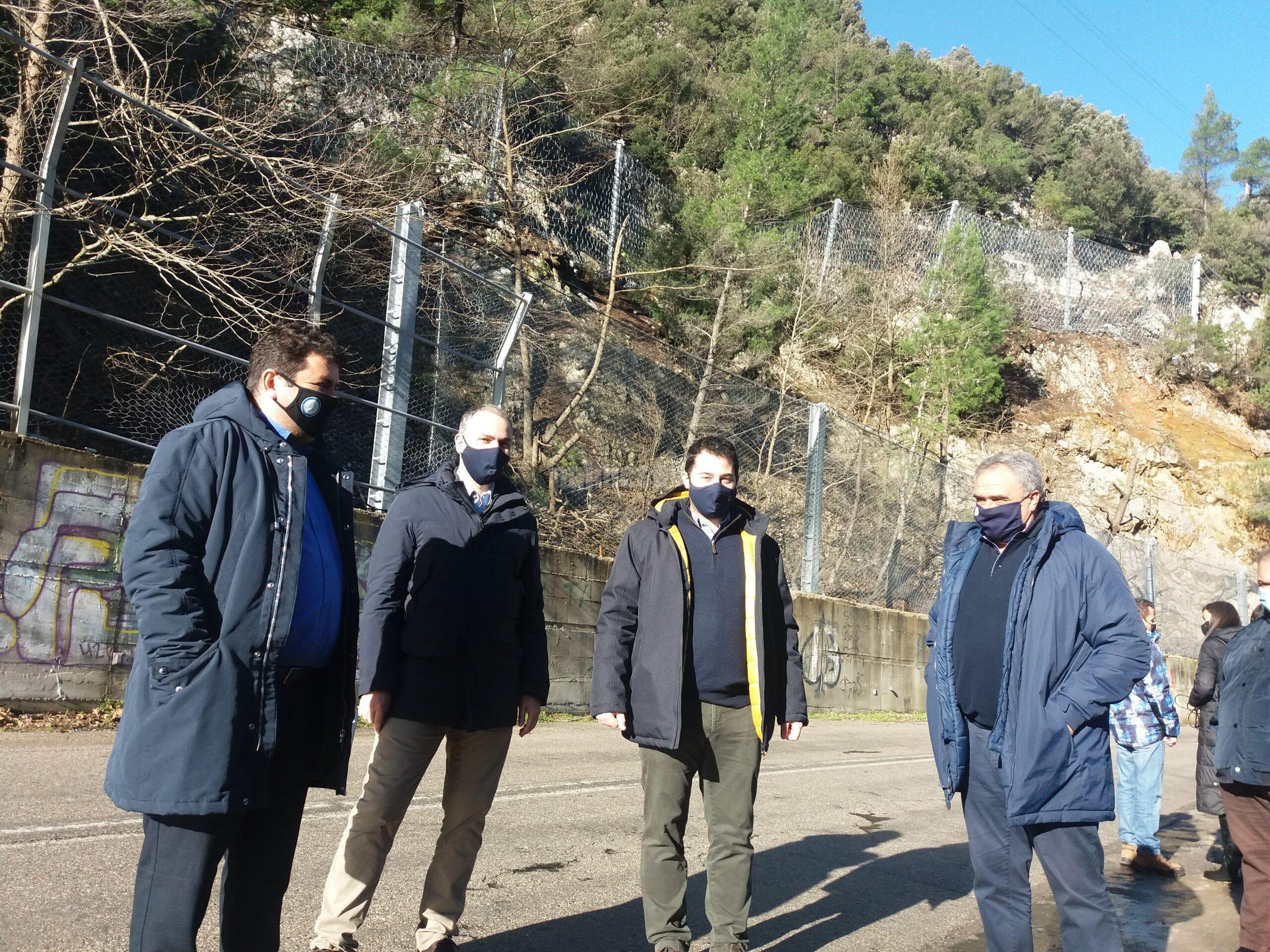 Ειδικά πλέγματα τεράστιας αντοχής εγκαταστάθηκαν στο Δερβένι